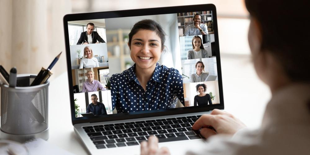 indian-lady-lead-videocall-pc-screen-view-over-woman-shoulder-picture-id1220226088.jpg