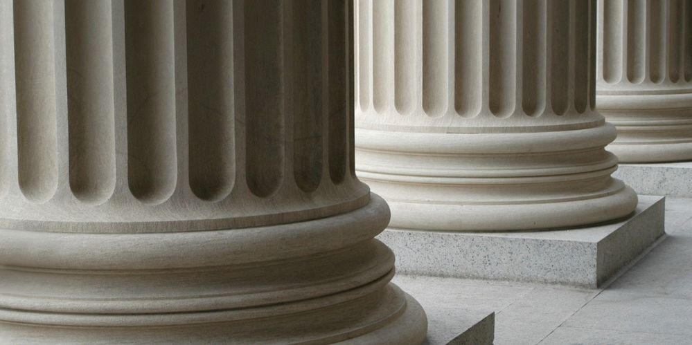 neoclassical-columns-picture-id144326044.jpg